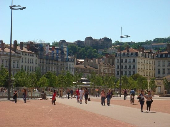 Mercure Lyon Centre - Gare Part Dieu: View from the Bellecour square