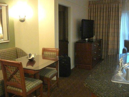 Hilton Grand Vacations at the Flamingo: Dining