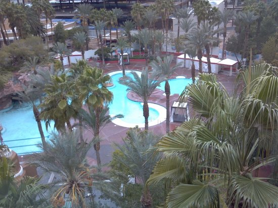 Hilton Grand Vacations at the Flamingo: Pool area