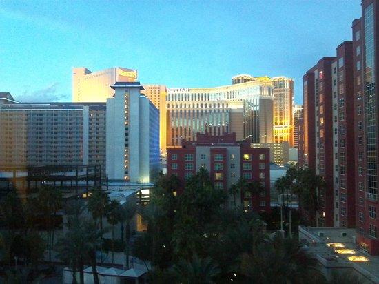 Hilton Grand Vacations at the Flamingo: View @ dusk