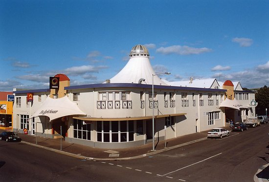 Lighthouse Hotel Ulverstone: Lighthouse Hotel, Ulverstone