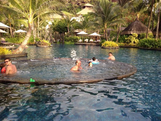 Shangri-La's Boracay Resort & Spa:                   Having fun
