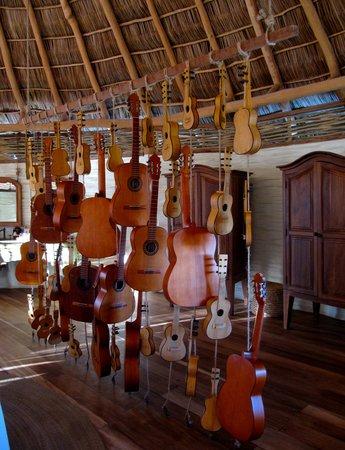 Hotelito Desconocido:                   Decorations in our Palifito ,Music