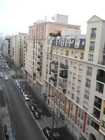 Residhome Courbevoie la Defense:                   Barrio
