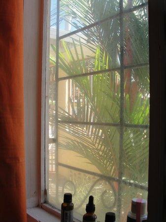 Hospedaje Dodero:                   Our front window