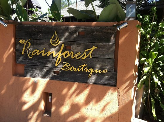 Rainforest Boutique :                   9