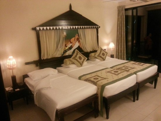 Randholee Resort & Spa:                   Triple sharing room.