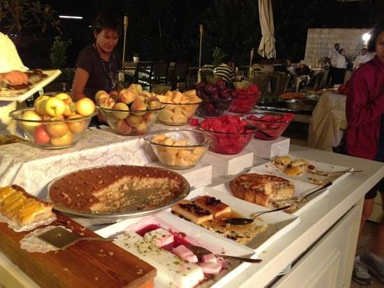Leonardo Plaza Hotel Jerusalem:                   deserts