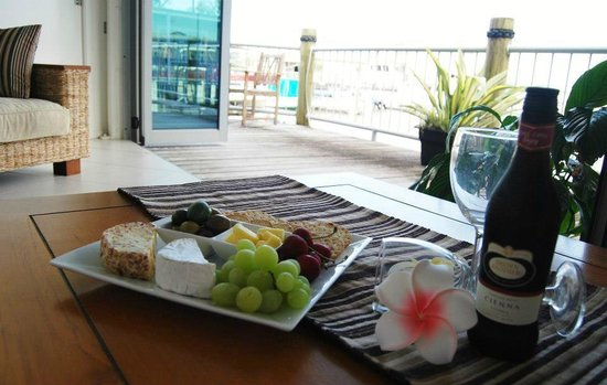 Sheer Bliss Beauty Day Spa:                   Wine and Cheese plate