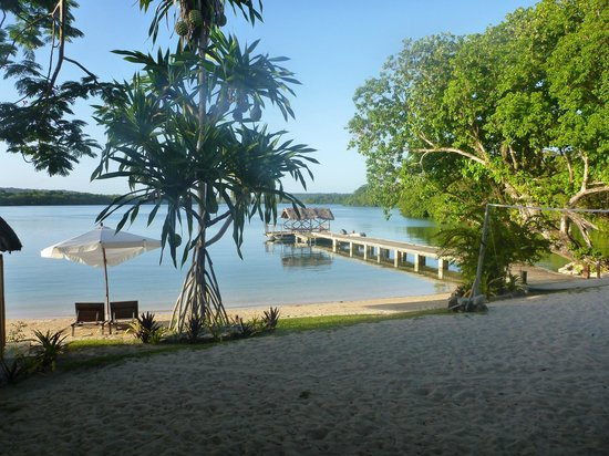 Oyster Island Resort:                   The Jetty