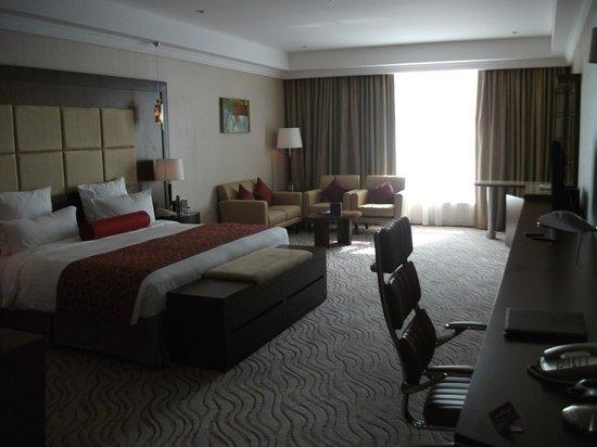 Park Regis Kris Kin Hotel:                   suite 1501
