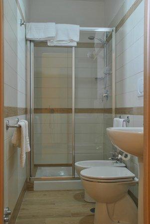 B&B Rome with Love: bathroom