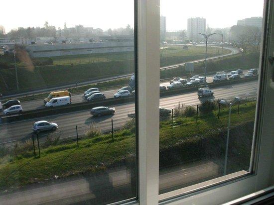 Gradignan, Frankrike:                   vue de la fenêtre de la chambre (3ème étage)