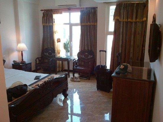 Hong Ngoc Hotel :                   Room 501