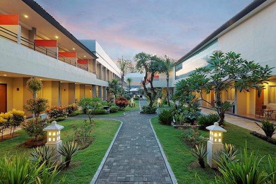 Kuta Station Hotel: Garden View