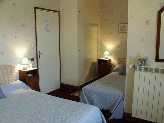 Orval, Francja: chambre 2  de 3 personnes
