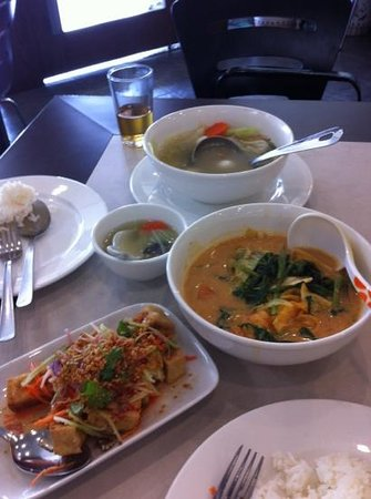 Ayam pongteh picture of amy heritage nyonya cuisine for Amy heritage nyonya cuisine