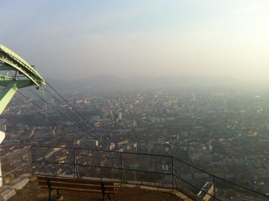 Ibis Grenoble Centre :                   vue panoramic de Grenoble