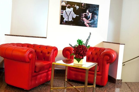 Four Points by Sheraton Milan Center: Sofa Corner