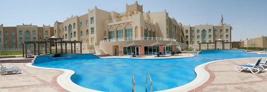 Al Jahra Copthorne Hotel & Resort: Hotel Swimming Pool