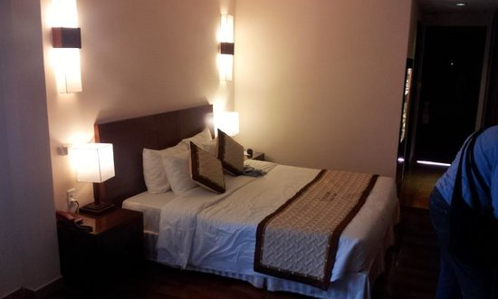 Vinh Hung Riverside Resort:                                     Picture of a typical room
