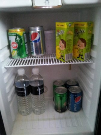 The Quincy Hotel by Far East Hospitality:                   One round of free minibar