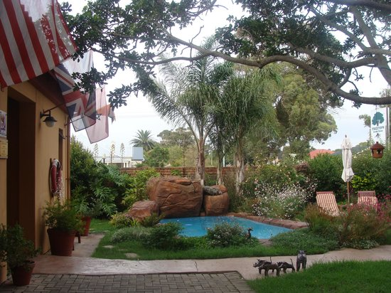 Treetops Guesthouse:                   Treetops Guest House Garden