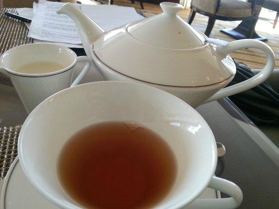 Fairmont Makati:                   tea time