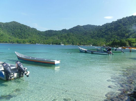 Paisasky:                   clear transparent water Sapzurro Colombia