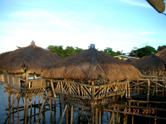 Anton's Restaurant:                   decaying bamboo huts
