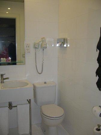 Axel Hotel Barcelona & Urban Spa: bagno