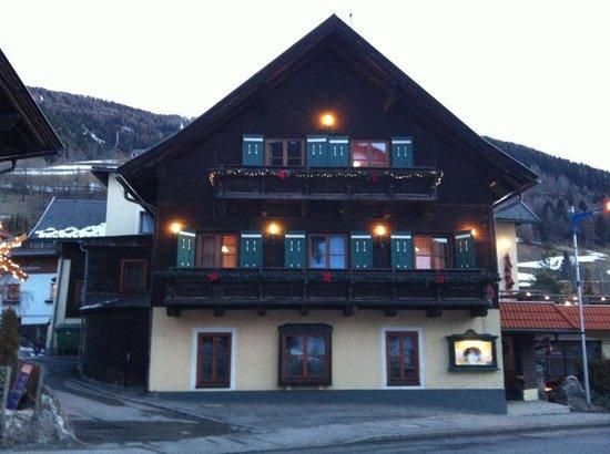 Alt Kirchheim Gasthof Pension: Struttura