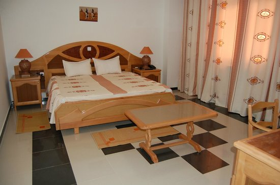 Tebessa, Αλγερία:                   مؤسسة الامير للفندقة و الخدمات - تبسة EURL EL EMIR HOTELLERIE ET SERVICES
