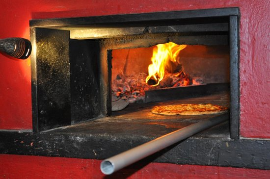 Di Palma's Restaurant & Bar: Our woodfire pizza. An icon since 1988.
