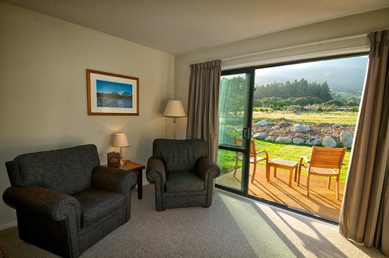 Manakau Lodge: Room 2, Mountain View