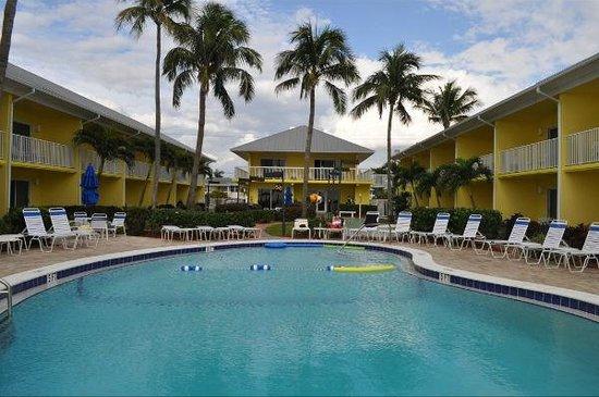 Sandpiper Gulf Resort:                   Sandpiper pool