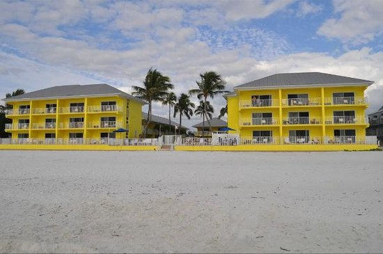 Sandpiper Gulf Resort:                   Sandpiper beach view