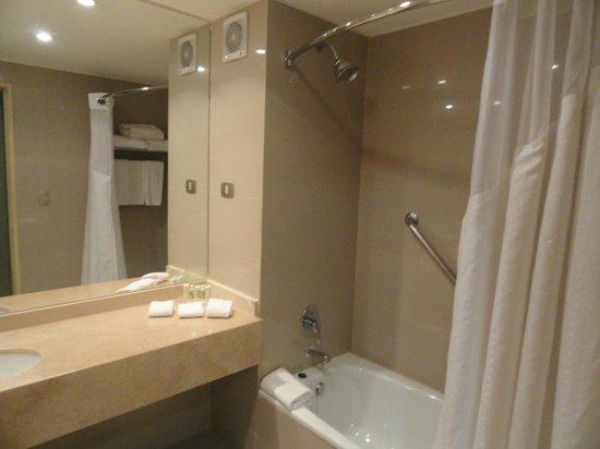 Holiday Inn Santiago Airport:                   Banheiro