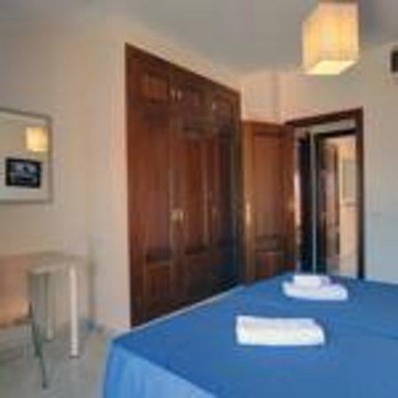San Pedro Apartamentos: Dormitorio