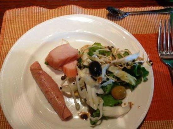 โรงแรมคราวน์ พลาซา กาฐมัณฑุ:                   Breakfast