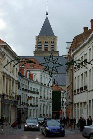 Hotel Navarra Brugge:                   Hotel Navarra, St-Jakobsstraat