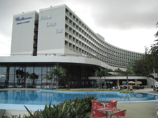 Pestana casino park hotel review download everest poker