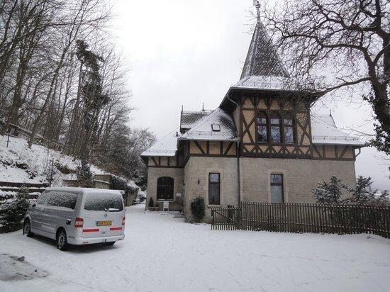 Schlossberg-Hotel:                   De Villa