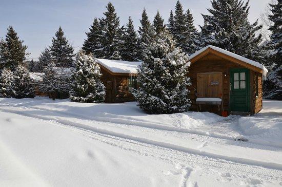 Van Hoevenberg Lodge & Cabins :                   Cabins