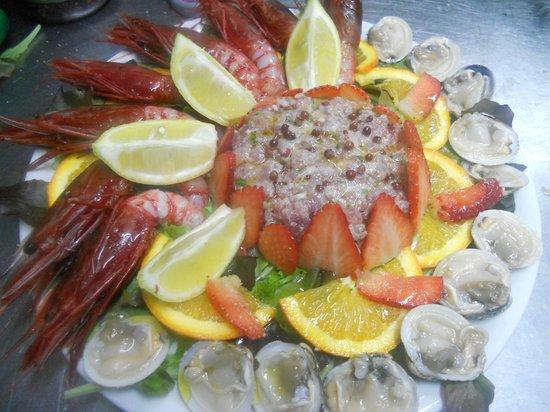 Il miracolo dei pesci napoli ristorante recensioni numero di telefono foto tripadvisor - Pesci comuni in tavola ...