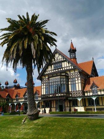 Arista Capri Motel: Rotorua Museum of Art & History