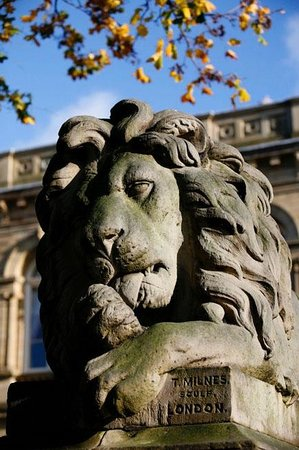 Massarella's Cafe Bar & Fine Art: One of the famous Lion sculptures, Saltaire