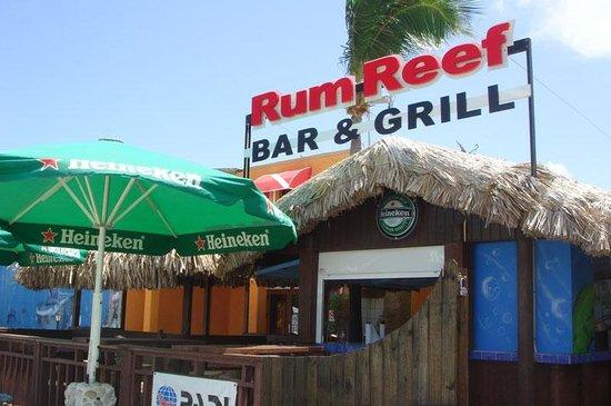 Reef Bar & Grill