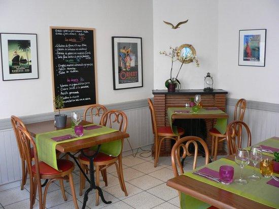 """Les Alizes: Salle de restaurant et petit-déjeuners """"Les Alizés"""" à Groix"""