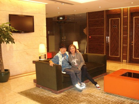 Hotel Taipa Square:                   lobby
